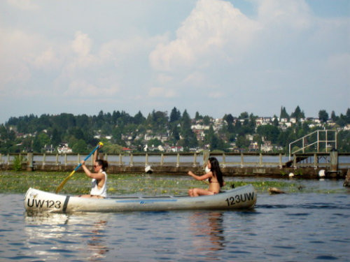 Beating the heat on Seattle's Lake Washington.   Photo by MS(R)M